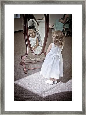The Flower Girl Framed Print by Linda Unger