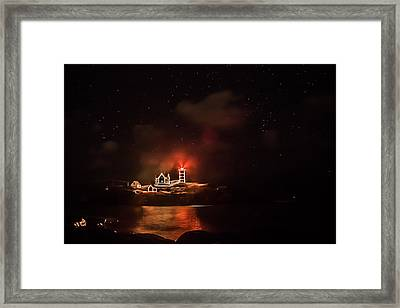 Framed Print featuring the photograph The Fog Rolls In by Jeff Folger