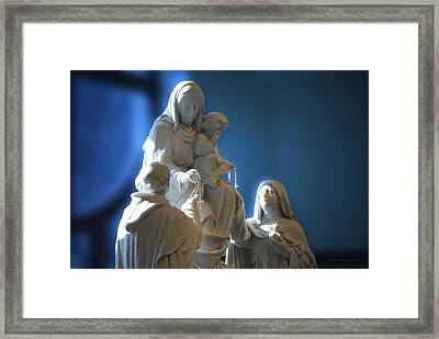 The Gift Of The Rosaries Statue Framed Print by Thomas Woolworth