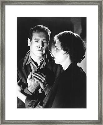 The Hustler, From Left Paul Newman Framed Print by Everett