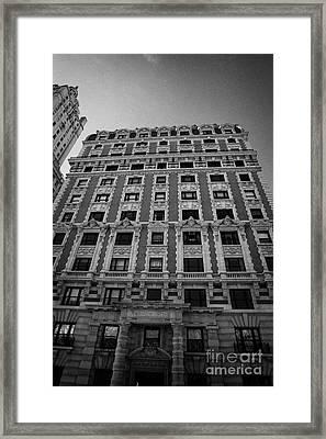 the Kenilworth building 151 Central Park West upper west side new york city Framed Print by Joe Fox