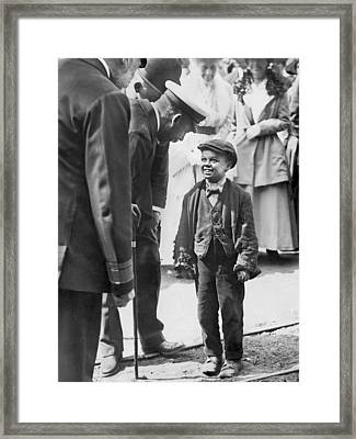 The King And A Working Boy Framed Print by Underwood Archives