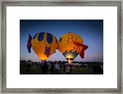 The Kiss Framed Print by Janis Knight