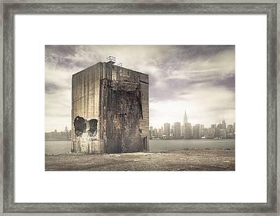 Apocalypse Brooklyn Waterfront - Brooklyn Ruins And New York Skyline Framed Print by Gary Heller