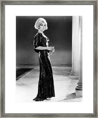 The Legend Of Lylah Clare, Kim Novak Framed Print by Everett
