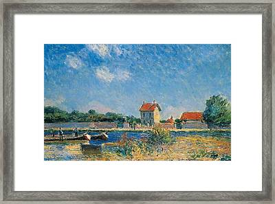 The Loing Canal At Saint-mammes Framed Print by Alfred Sisley