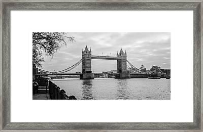 The London Bridge  Framed Print by Steven  Taylor