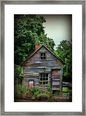The Love Shack Framed Print by Paul Ward