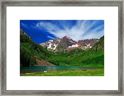 The Majestic Maroon Bells With Tiny Tourists Framed Print