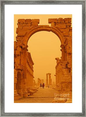 The Monumental Arch At Palmyra Syria In The Light After A Sandstorm Framed Print by Robert Preston