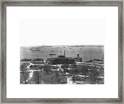 The New York Aquarium Framed Print by Underwood Archives