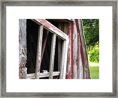 Framed Print featuring the photograph The Old Barn by Beth Vincent