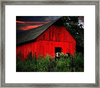 The Old Frederick Barn Framed Print by Julie Dant