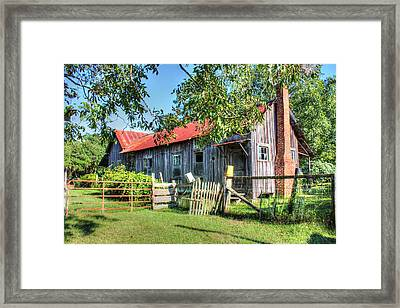 Framed Print featuring the photograph The Old Home Place by Lanita Williams