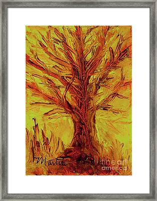 The Old Oak Tree I Framed Print by Larry Martin