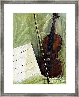 The Old Violin Framed Print by Sharon Burger