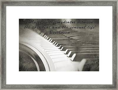 The Pianist Framed Print by Dan Sproul
