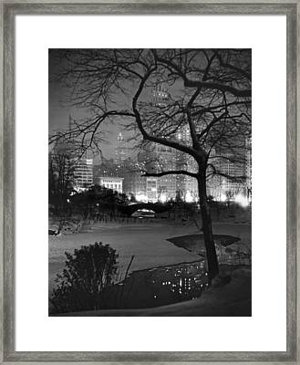 The Pond In Central Park Framed Print by Underwood Archives