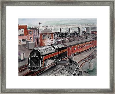 The Powhatan Arrow Roars Through The Yards Into Portmouth Framed Print by Frank Hunter
