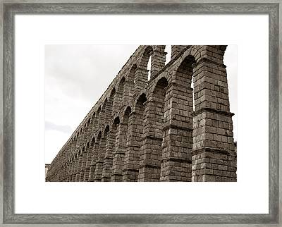 The Roman Aqueduct Of Segovia Framed Print by Lorraine Devon Wilke