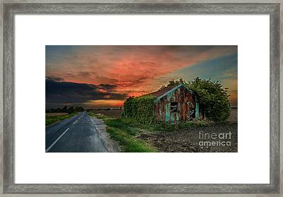 The Rustic Barn Framed Print by Pete Reynolds
