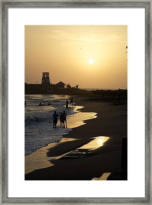The Setting Framed Print by Lee Stickels