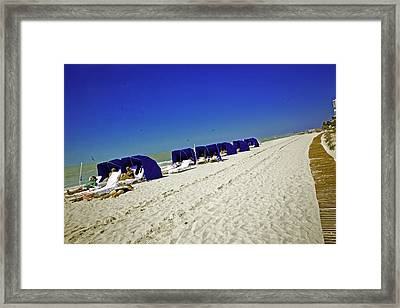 The Vacationers 2 Framed Print by Madeline Ellis