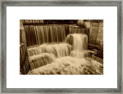The Water Dance Framed Print by Doug Wallick