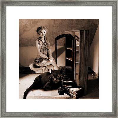 Therian - Cat People Framed Print
