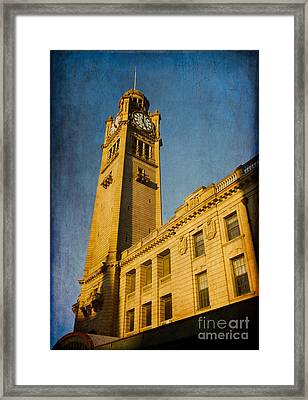 They Don't Build Them How They Used To - Clock Tower Of Central Station Sydney Australia Framed Print