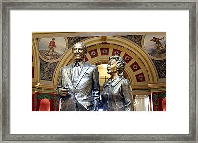 This Statue Of Maureen And Mike Mansfield Framed Print by Larry Stolle