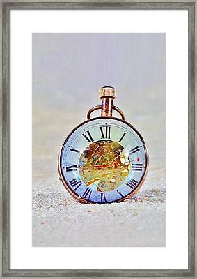 Time In The Sand Framed Print by Rob Hans