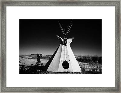 tipi tent at Wanuskewin heritage park saskatoon Saskatchewan Canada Framed Print by Joe Fox