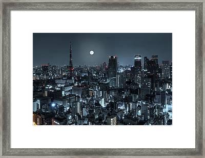 Tokyo 14 Framed Print by Tom Uhlenberg