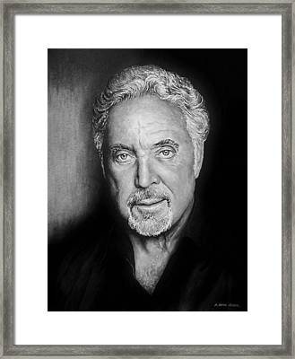 Tom Jones The Voice Bw Framed Print by Andrew Read