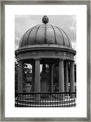 Framed Print featuring the photograph Tomb Of President Andrew Jackson And Wife Rachael by Robert Hebert
