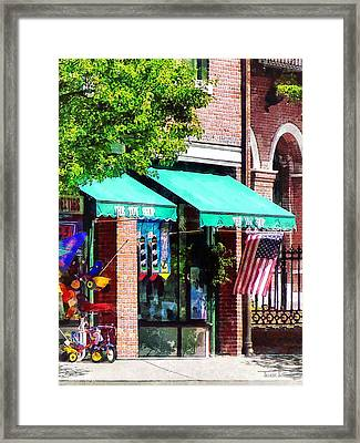 Toy Shop Bristol Ri Framed Print by Susan Savad