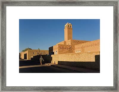 Tozeur Framed Print by Lucas Vallecillos - Vwpics