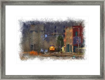 Train At Thurmond Wv Framed Print by Dan Friend