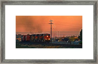Framed Print featuring the photograph Train Coming Through by Lynn Hopwood
