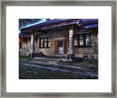 Train Stop Framed Print by Thomas Young