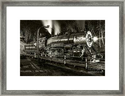 Train Turntable In Frostburg Maryland Framed Print