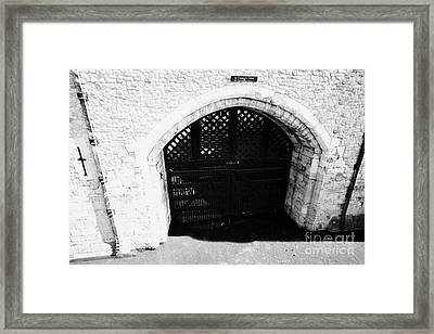 traitors gate at the tower of London England UK Framed Print by Joe Fox