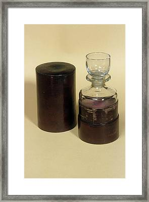 Travelling Medicine Vessel Framed Print by Science Photo Library