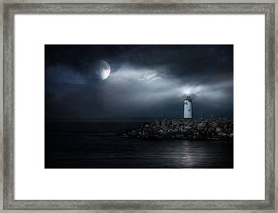 Tres Deseos Framed Print by Taylan Apukovska