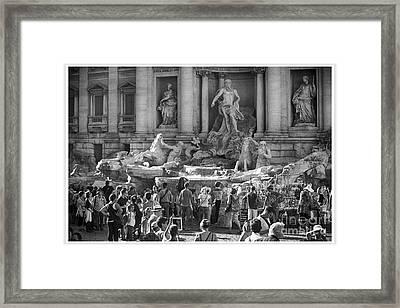 Trevi Fountain Framed Print by Stefano Senise