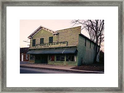 Tuckers Country Store In Virginia Framed Print by Thomas D McManus