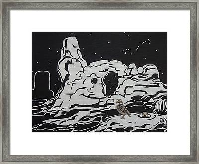 Turret Arch Under The Stars Framed Print by Estephy Sabin Figueroa