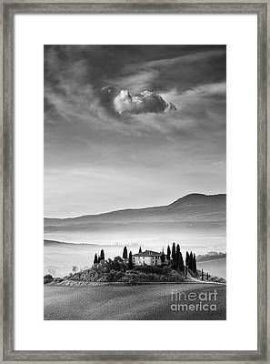 Podere Belvedere 2 Framed Print by Rod McLean