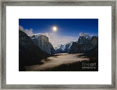 Twilight - Moonrise Over Yosemite National Park. Framed Print by Jamie Pham